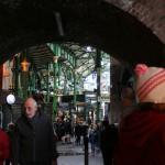 【ロンドンの有名マーケット】観光ならここ!Borough Marketで昼間からビールを片手にいい気分♪ Part1