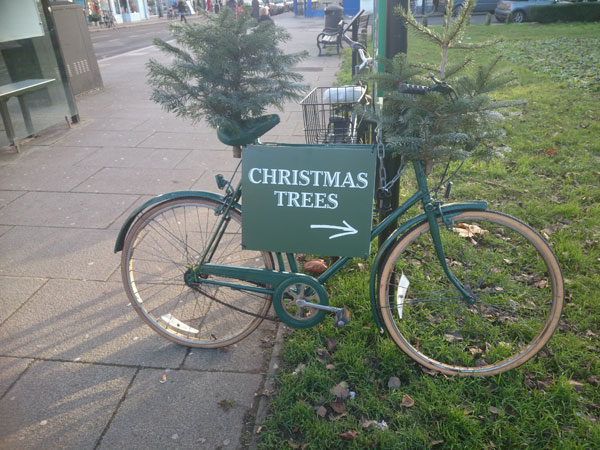 クリスマスツリー看板