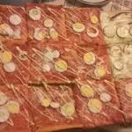 【ミラノでは人気がない?!】イタリア、ペーザロのご当地ピザ「ロッシーニ」について書いてみます。