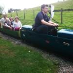 【イギリス観光】大人も子供も楽しめる!家族でミニチュア鉄道に乗りに行ったよ。